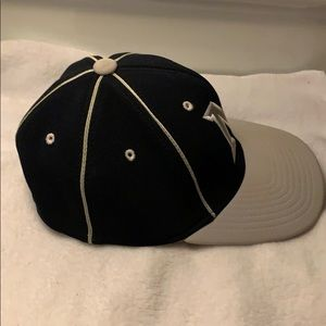 Accessories - Michigan/Minnesota ? Cap PreOwned Youth
